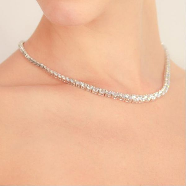 CARAT* London Sterling Silver Taryn Round Prong Line Necklace