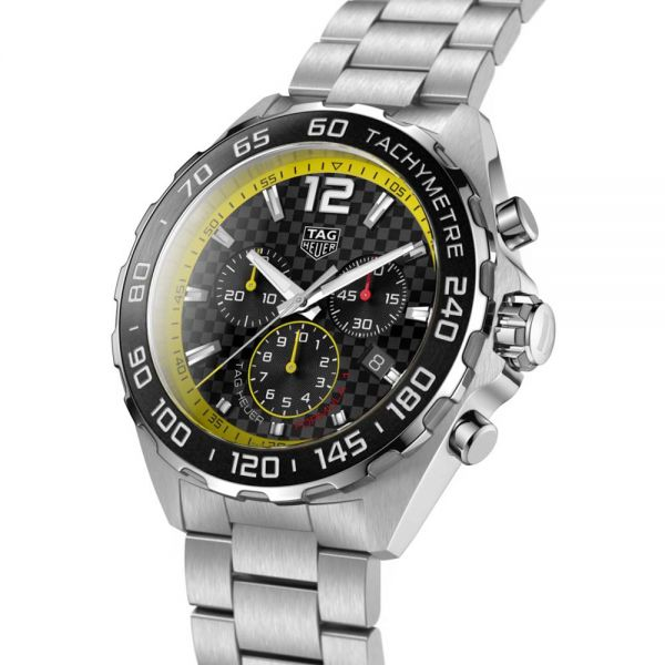 TAG Heuer Mens Formula 1 Chronograph Watch